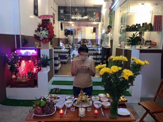 Cho thuê nhà mặt tiền Trần Quang Khải, P Tân Định, Q1 1 trệt, 1 lầu (3 phòng) 4 x 20m. Giá 30tr/th